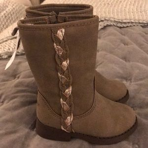 Oshkosh Bigosh Toodler Size 6 Metallic Braid Boots